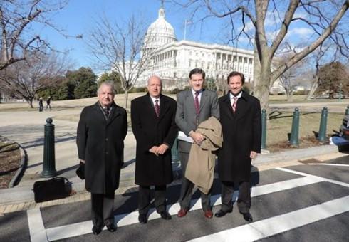 WASHINGTON-DC: En el Capitolio de los Estados Unidos, edificio que alberga las dos cámaras del Congreso siendo su primera etapa terminada de construir e inaugurada en el año 1800.